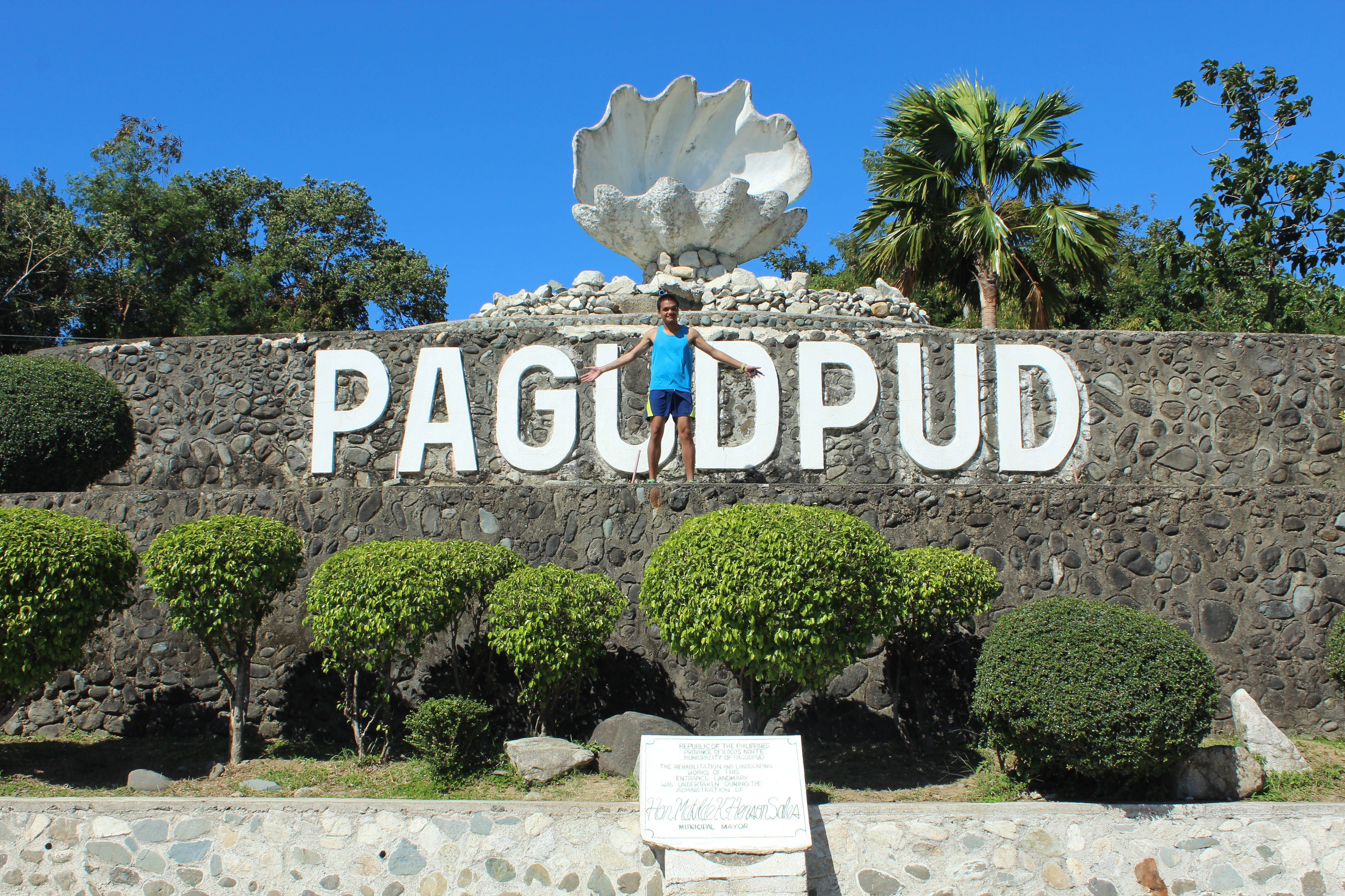 Ops at The Pagudpud Sign